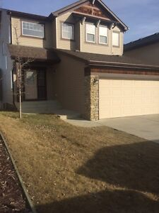 Utilities included/ Beautiful 2 Story