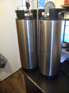 Beer kegs for sale