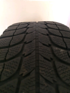 Michelin 205/55R16 910 winter tires for BMW 328