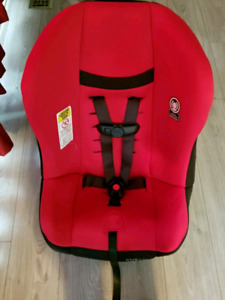 Very clean carseat
