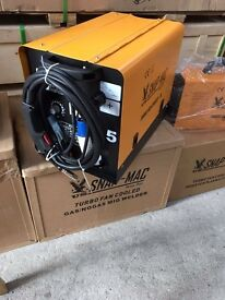 Mig Welder 215amp gas or gas less