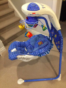 Fisher-Price Aquarium Cradle Swing