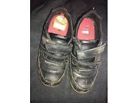 Boys black school shoes 13.5 H £5