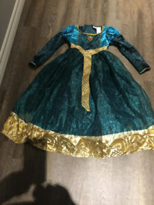 LIKE NEW! MERDIA DELUXE GIRLS M DISNEY COSTUME