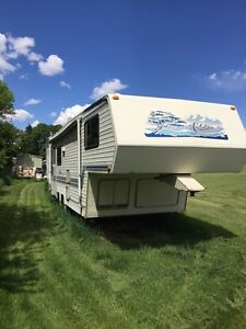 Citation 5th wheel $1400 obo