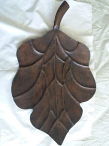 Metal Decorative Leaf