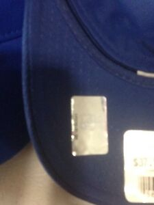 New licensed NHL caps 10$ each West Island Greater Montréal image 3