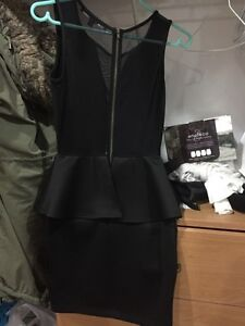 Guess dress - XS  Windsor Region Ontario image 2