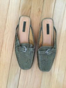 Woman's shoes and sandals size 8 1/2 -9