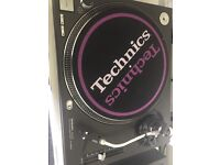 Technics 1210 MK2 - Pair - Perfect Condition