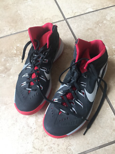 Mens Nike US Size 10 HyperDunk Basketball shoes