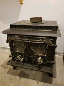Wood stove fire place - solid condition