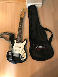Kid Size Stratocaster Electric Guitar, Traynor Amp