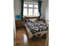 LARGE PAD BY ENFIELD - COUPLES WELCOME