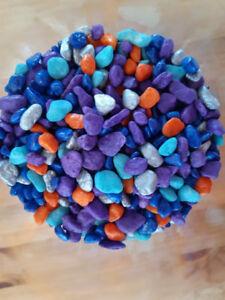 Roches colorées pour aquarium ou projet artisanat déco NEUVES