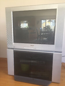 "SONY 32"" CRT TV with STAND"