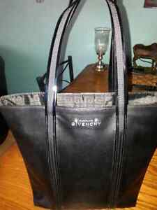 BEAUTIFUL BLACK FAUX LEATHER GIVENCHY BAG X-COND $ 20.00