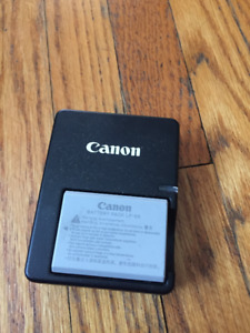 Canon Battery Pack LP-E5 and Battery Charger LC-E5