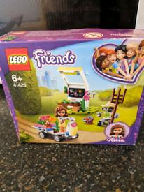 Lego sets 'Olivia' and 'Stephanie'