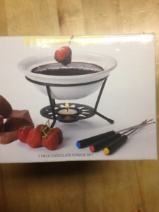 Chocolate Fondue Set - Brand new!