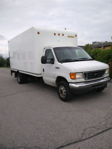 2007 Ford E-450 6.0L Diesel 16ft cube with POWER LIFTGATE!!!