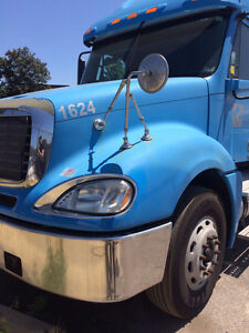 2007 Freightliner Columbia For Sale - No DEF and No DPF