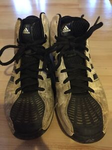 Size 7.5 boys men's adidas basketball running shoes