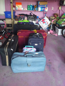 TRAVEL LUGGAGES