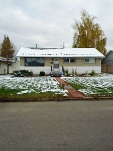 For Rent, 3 Bdrm House, Available December 1st