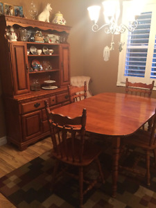 Soild Wood Dining set (4chairs/1leaf) and Hutch