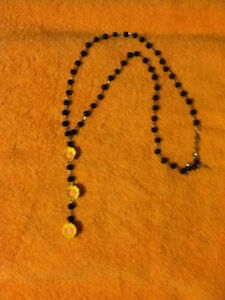 3 Yellow Flowers Black Beaded Necklace