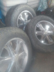 20 inch Helo rims nitos 33 inch with sensors fits any dodge
