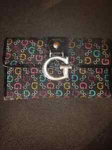 Woman's Guess Wallet London Ontario image 1