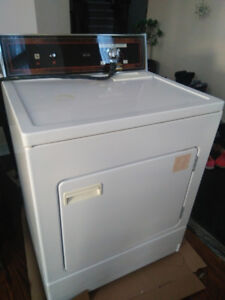 Used Kenmore Heavy Duty Electric Clothes Dryer