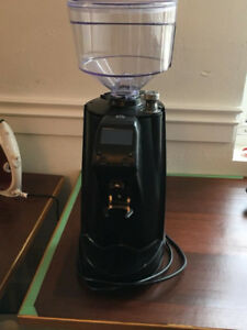 Selling Almost new Commercial Coffee Grinder