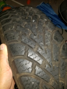Set of 4 Goodyear Nordic Winter Tires 195 / 65R15