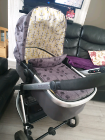 Cosatto pram system Giggle lite with brand new car seat