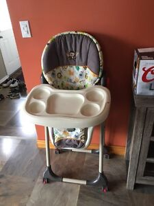 High chair Stratford Kitchener Area image 1
