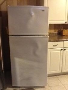 Inglis Refrigerator Lightly Used
