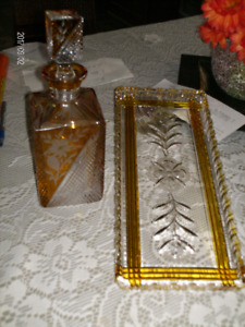 Decanter and serving tray