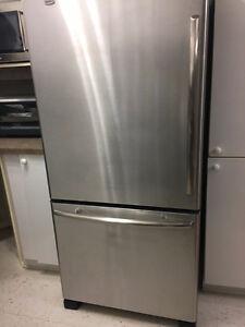 Maytag Refrigerator like new