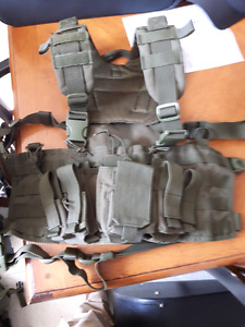 Condor chest rig with hydration pack