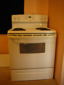 White range with matching over-the range microwave