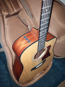 Taylor 110CE cutaway Acoustic/Electric guitar.