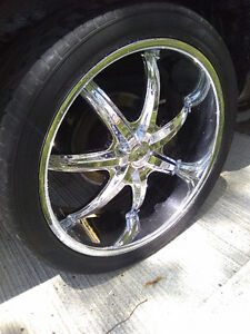 """Selling my 24"""" 6 bolt $800 fits any ,Chevy GMC, Cadillac .ford"""