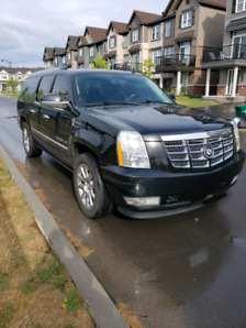 2010 Escalade ESV LOW KMS