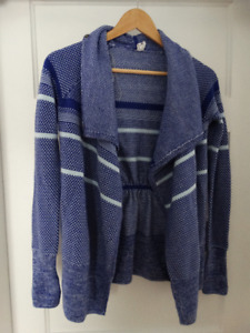 Blue Ivivva Cardigan - Size 12  in Excellent Condition