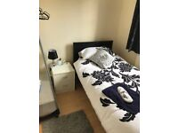 SINGLE ROOM IN FRIENDLY FLATSHARE AVAILABLE NOW