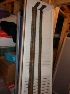 2 METAL SIDE BED RAILS
