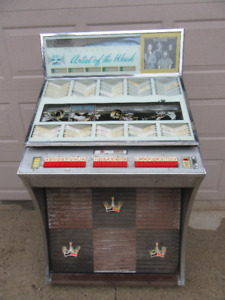 JUKE BOX w/RECORDS-SEEBURG SELECT-O-MATIC -STEREO NOT WORKING